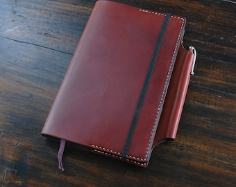 """Handmade Leather Large Moleskine cover with sewn in pen sleeve, 5.5""""x8.25"""" notebook cover, chestnut color, vegetable tanned leather"""