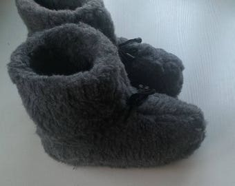 SALE Sheepskin slippers, Men/Women fur boots, Ukrainian product, warm slippers, indoor boots