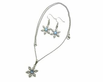 Snowflake Earrings, Snowflake Necklace, Winter Earrings, Snowflake Crystal Earrings, Snowflake Jewelry, Snowflake Snowflake Pendant, Winter