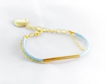 """Bracelet Blue Suede """"Wait"""""""