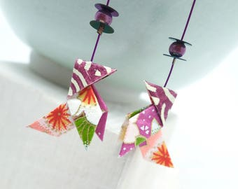 """Idée cadeau original, Boucles d'oreilles origami cocotte violet """"cyclamen"""", papier japonais, japanes paper, origami earrings, tangram"""