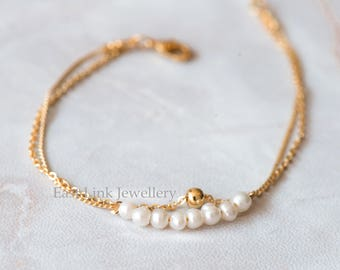 Handmade petite style 14K Gold plated natural fresh pearl bracelet gift beaded chain bracelet
