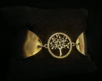 Cubic zirconia tree of life two piece spoon bracelet made of vintage silver plated Silverware with magnetic clasp.