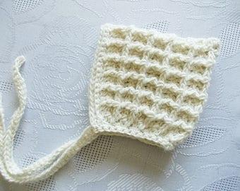 Baby pixie hat Crochet pixie hat Newborn bonnet Wool baby bonnet Baby elf hat Cream baby bonnet Crochet baby hat Winter baby bonnet