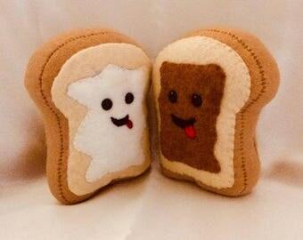 The Fluffernutter Toast Plush Set