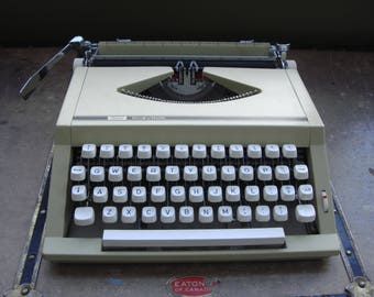 Vintage Sears Chevron Manual Portable Typewriter w/ Case - Made in Portugal