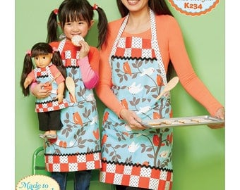 """Kwik Sew Ellie Mae Sewing Pattern K0234 Misses'/Girls' and 18"""" Doll Lined Aprons with Patch Pockets and Bands"""