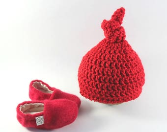 Newborn Shoes- Coming Home Outfit- Baby Gift Set- Baby Shower Gift- Baby Accessories- Baby Outfit- Newborn Baby- Pregnancy Gift- Layette