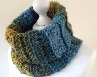 Infinity scarf, chunky cowl, stripe scarf, stripe cowl, chunky scarf, wool cowl, wool scarf, eternity scarf, chunky wool scarf, winter cowl