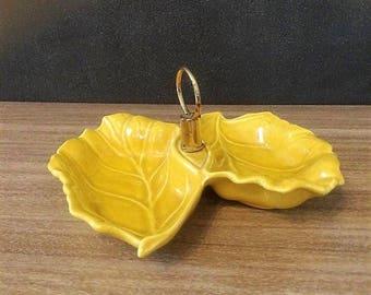 Vintage Mid Century Ceramic Leaf Shaped Dish/Bowl