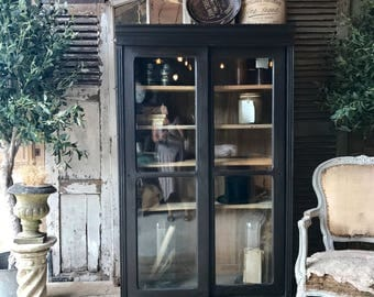 NOW SOLD - Lovely original vintage French bookcase / cabinet