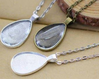 One Teardrop Pendant Blank Bezel Tray Setting // with Clear Round Glass Cabochon (20mm x 30mm) // With Rolo chain