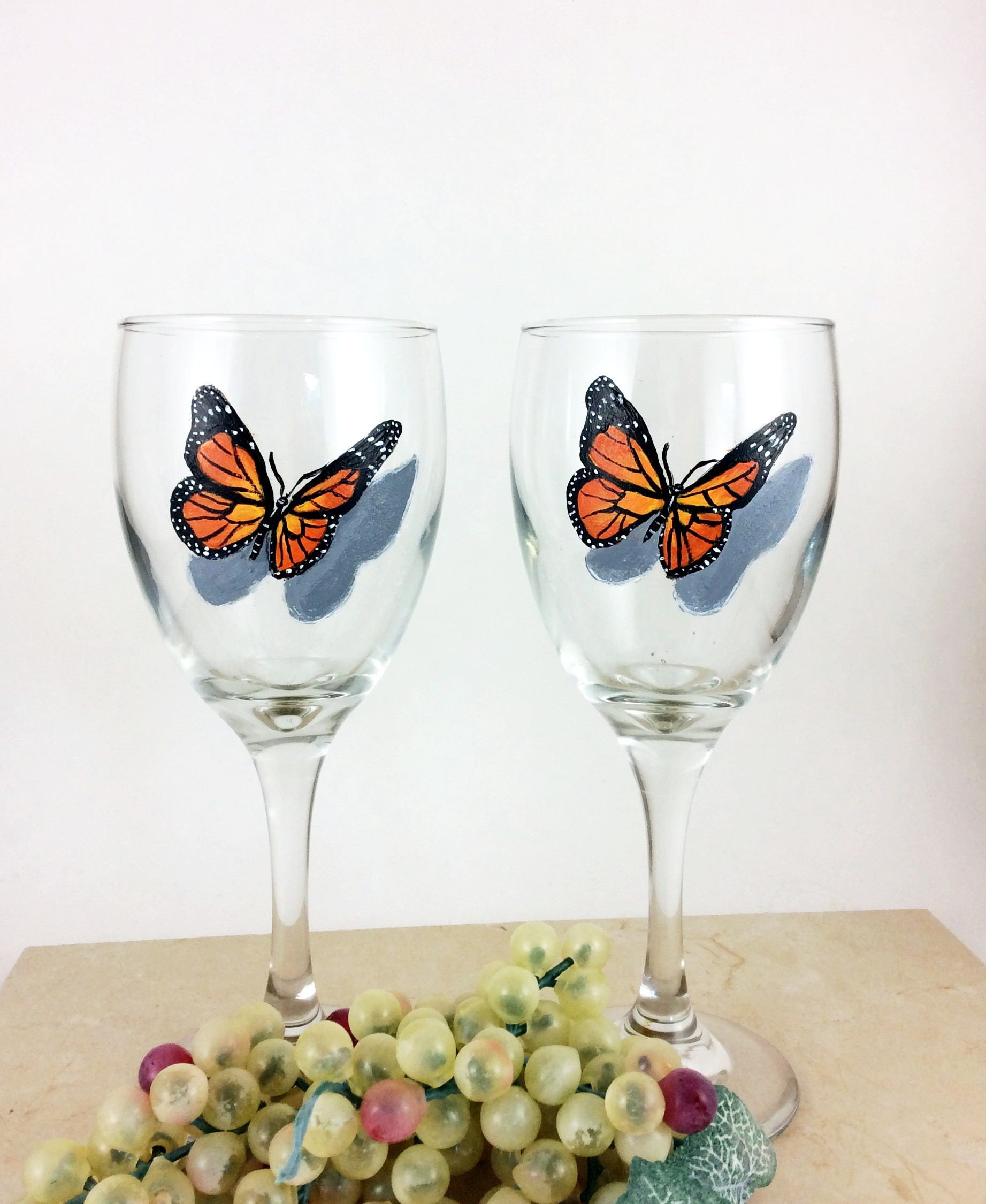 Butterfly wine glass painted wine glasses butterfly home for Best wine for housewarming gift