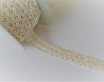 2cm cotton lace ecru identical front and back
