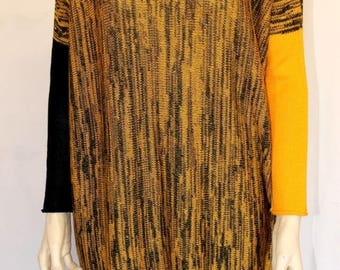 Long knit tunic with different color sleeves Tunic black and yellow , sleeves of different colors. Cocoon tunic. Tunic length. Oversize