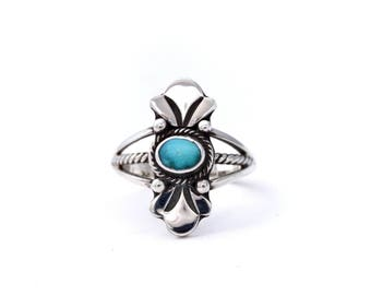Small Dainty Kingman Turquoise Ring : Size 5.75