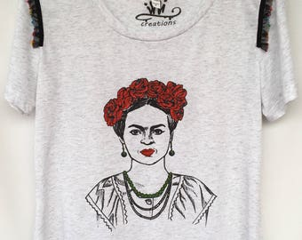 Frida Red Roses T-shirt. Frida Hand Painted T-shirt. Frida T-shirt with Flowers. Gift Friendly .
