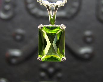 Peridot necklace, sterling silver peridot pendant, peridot pendant silver 925, genuine green peridot 8x6 mm