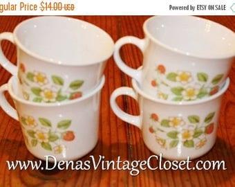 Summer Clearance Sale Vintage Corelle Strawberry Sundae Dinnerware 4 PCS Coffee Cups Mugs