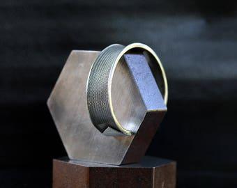 Vintage Heavy Sterling Silver Cuff Bracelet / size (8)