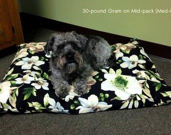 Stuffable Pet Bed - Midnight Garden