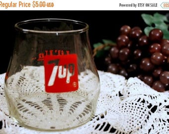 SALE Vintage 1970's 7UP collectible- Lil 'Un drinking glass