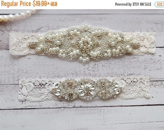 ON SALE Wedding Garter, NO Slip Lace Wedding Garter Set, bridal garter set, pearl and rhinestone garter set, vintage rhinestones Style A2015