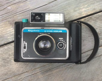 Vintage Keystone Everflash 60 second instant camera