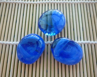 Pebbles Cabochon glass colour blue dark, irregular shapes, sold by