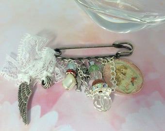 sweet romantic brooch my angels of love