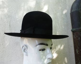 pure felt cowboy hat