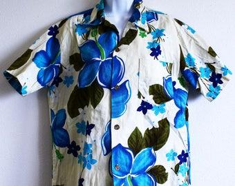 Vintage midcentury Royal Hawaiian bark cloth shirt men's Large Tiki classic big blue pikaki flowers olive ivory Luau 60's 70's party