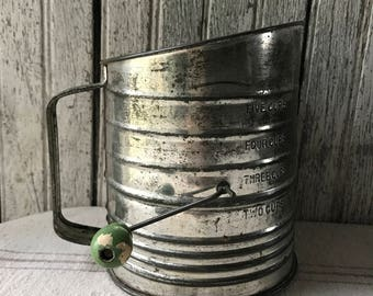 Vintage Bromwell's 5 cup Flour Sifter Green Wood Knob Baking Rustic Farmhouse Kitchen
