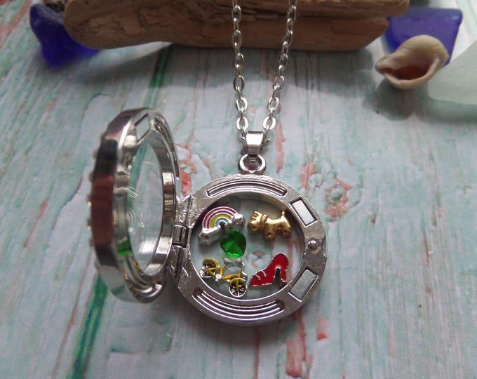 Wizard Oz floating locket, Oz jewelery, wizard oz gift, novelty gift, dorothy gift, glass locket, over the rainbow, fan gift, sandykissesuk