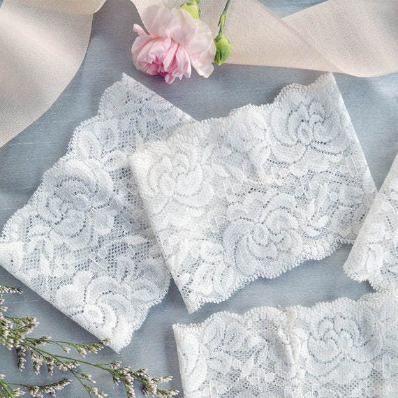 DIY Lace Belly Bands- White Stretch Lace Wrap- Fits over any 5x7 Invitation- Dress up your own Invitation