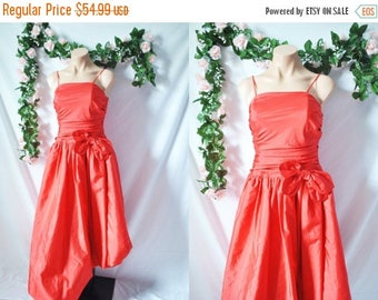 SALE Vintage 70s Prom Dress Red Asymmetrical Dress Sleeveless Formal Dress Midi Cocktail Dress 80s Bridesmaid Dress Wedding Golden Girls Dre