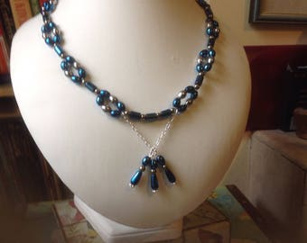 Beautiful Hematite and Pyrite Necklace in Siver and Blue (87)
