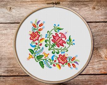 flowers cross stitch pattern #004, Cross Stitch Pattern, floral pattern counted cross stitch, floral ornament cross stitch, pillow stitch
