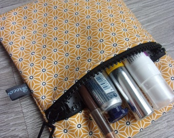 """Vanity case collection """"Mei and honey"""". Mustard yellow Japanese fabric / / polka dot lining."""
