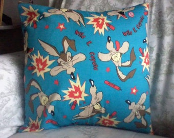 Wile E. Coyote pillow cover