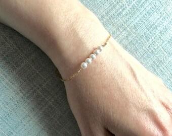Dainty Swarovski Pearl Bar Bracelet