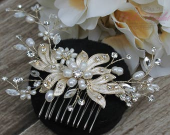 FAST Shipping!!! Gold Bridal Hair Comb with Fresh Water Pearls, Wedding Hair Comb, Crystal Hair Comb, Swarovski Hair Comb, Hair Comb