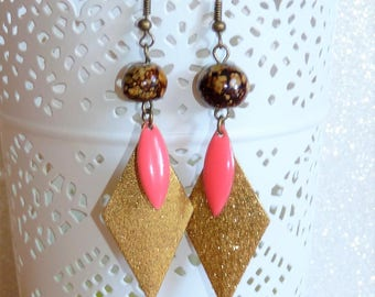 Earrings ' bronze sequin ears coral pink enamel, Gold Diamond geometric