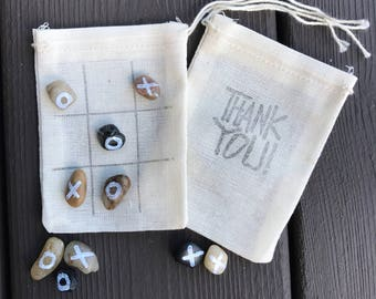 Tic tac toe favor bags - wedding favors - guest favors - quiet game - reception favors