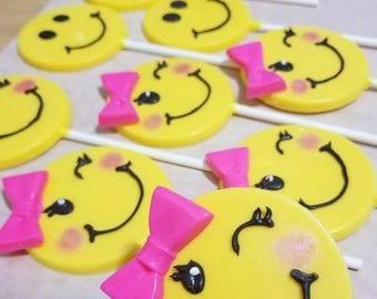 12 - Emoji Girl Smiley Face