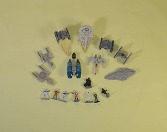 Lot of 17 Star Wars Micro Machines from 1995 to 1998 Galoob