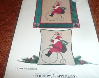 Vintage Country Appliques Santa On An Old Fashioned Bike Wallhanging, Pillow Pattern