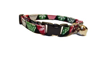 Red Green Snowflake Cat or kitten Collar Christmas winter snow black Cotton Break Away Buckle Quick Release holiday