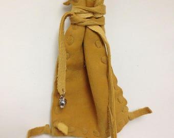 Buckskin leather pouch