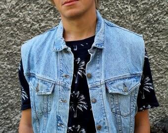 Supercool 80s vintage denim vest by Levis // Levi Strauss oldschool blue jeans vest